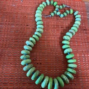 SALE ☃️❄️☃️Vintage Real Green Turquoise Necklace